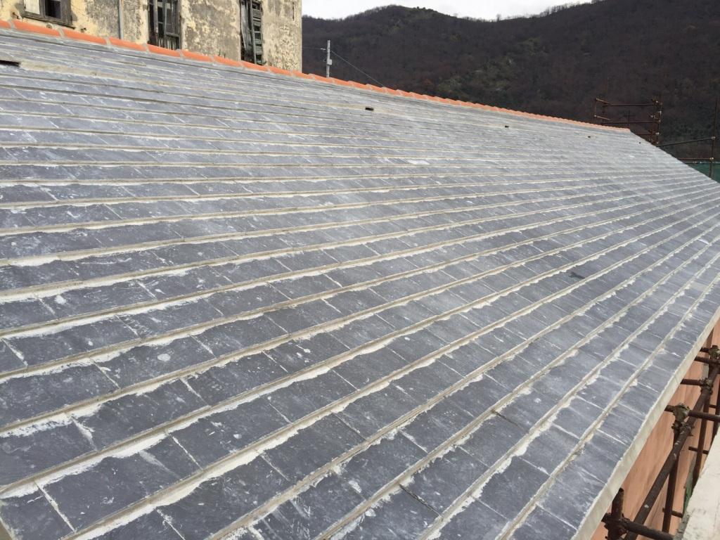 Quanto Costa Rifare Il Tetto tetti in ardesia a calce